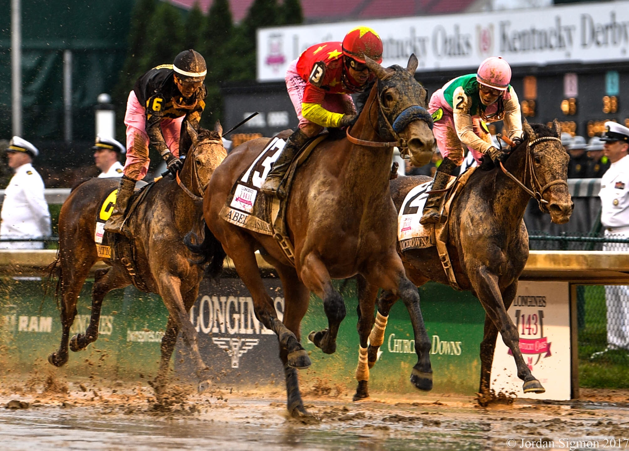 Abel Tasman Squishes To Kentucky Oaks Victory Lady And