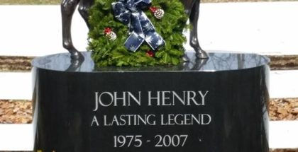 John Henry's grave at the Kentucky Horse Park. Photo: Wes Lanter